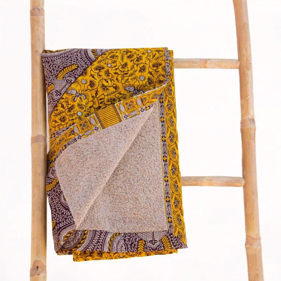 Toalla-playa-tela-africana-wax-amarillo-mostaza-ukat