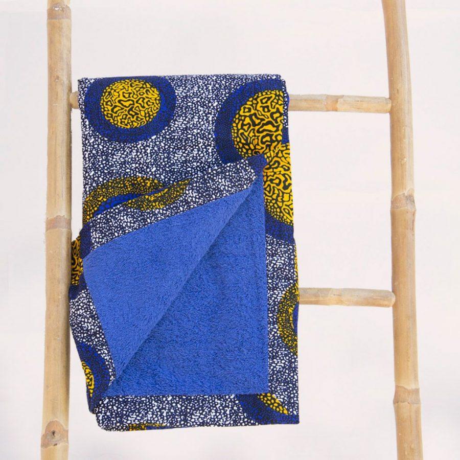 Toalla playa tela africana wax estampada redondas azul amarilla ukat