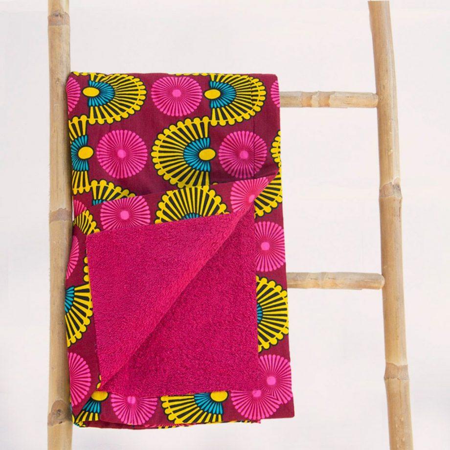 Toalla playa tela africana wax estampada rosa magenta ukat