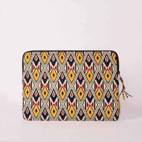 funda portatil handmade senegal blanca estampada